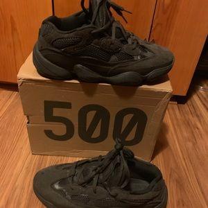 Yeezy 500 utility black I whore them 3 times